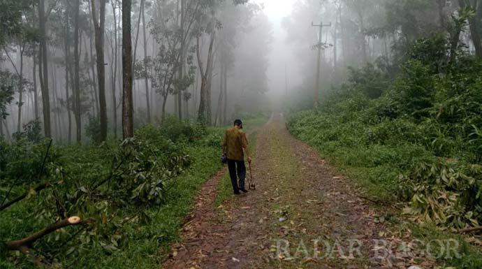 Miris! Lima Kampung di Sukamakmur ini Terisolir, Warga Kesulitan Berobat