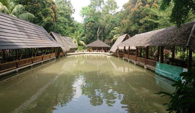 Sensasi Makan Ala Pedesaan di Tangerang